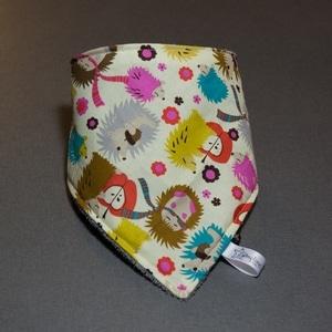 zumeline je couds pour mon bébé bavoir bandana