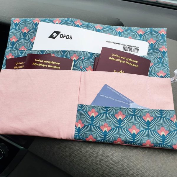 compagnon voyage passeport zumeline fait main juvisy